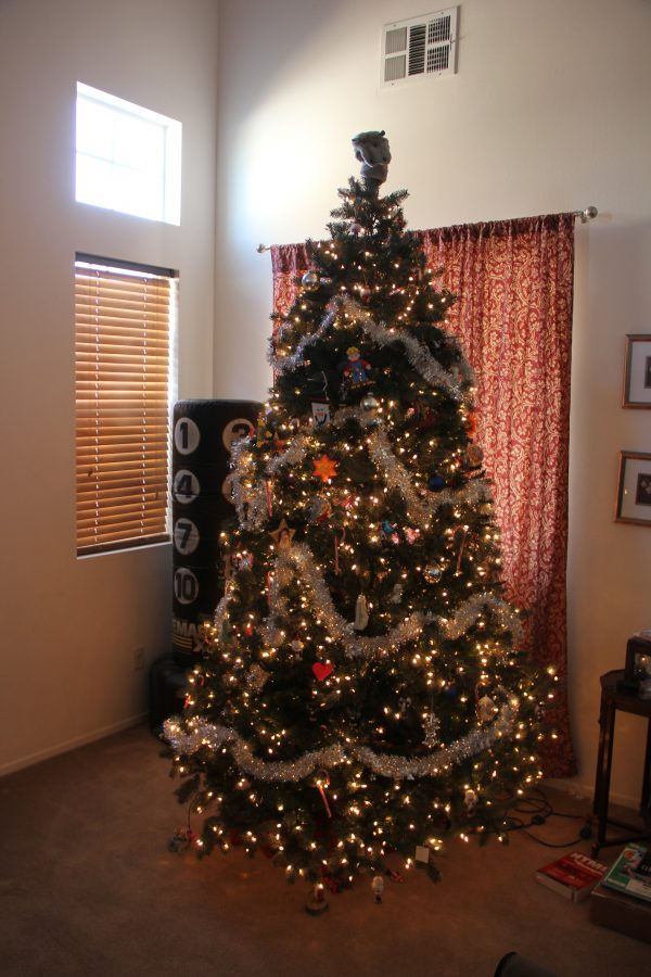 Artificial C 2008 Christmas Tree From Costco 5 896 Ppm