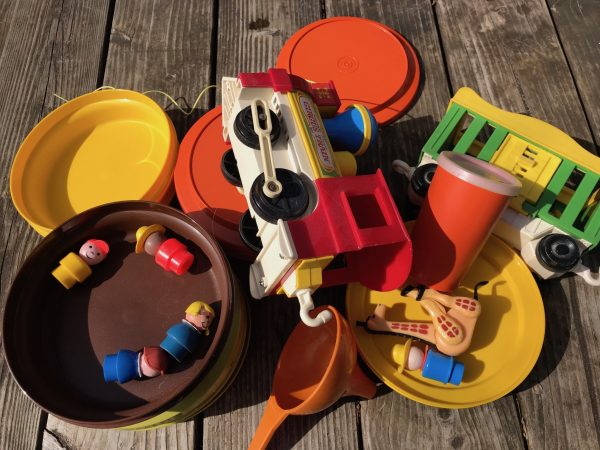 Why Do Vintage Plastics Like Fisher Price Amp Tupperware